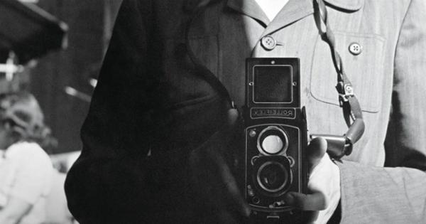Dai tuoi occhi solamente, la storia di Vivian Maier ispira il concorso #Fotoriflesse