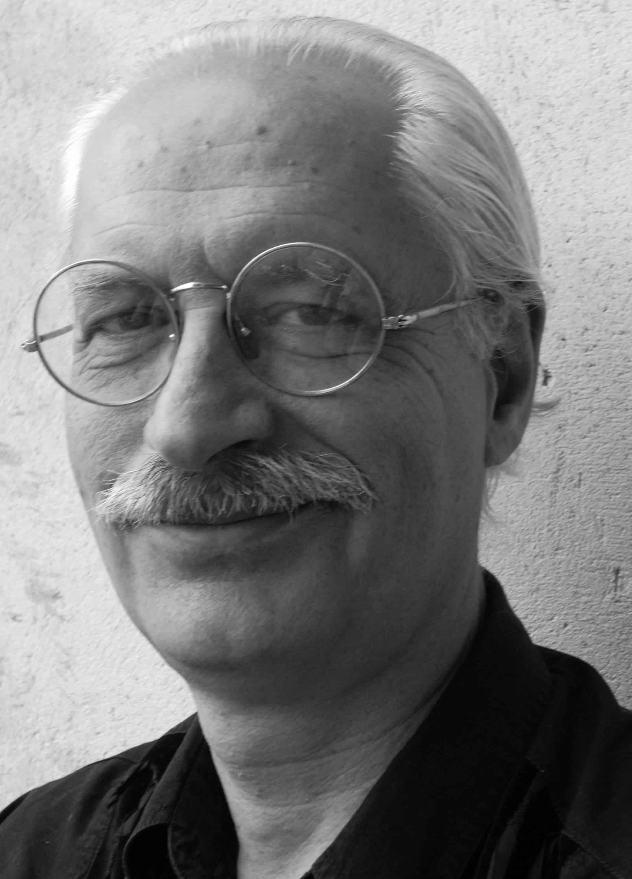 Gianfranco Manfredi recensisce I manifesti del maggio francese