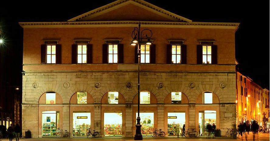 La libreria IBS + Libraccio di Ferrara compie 20 anni