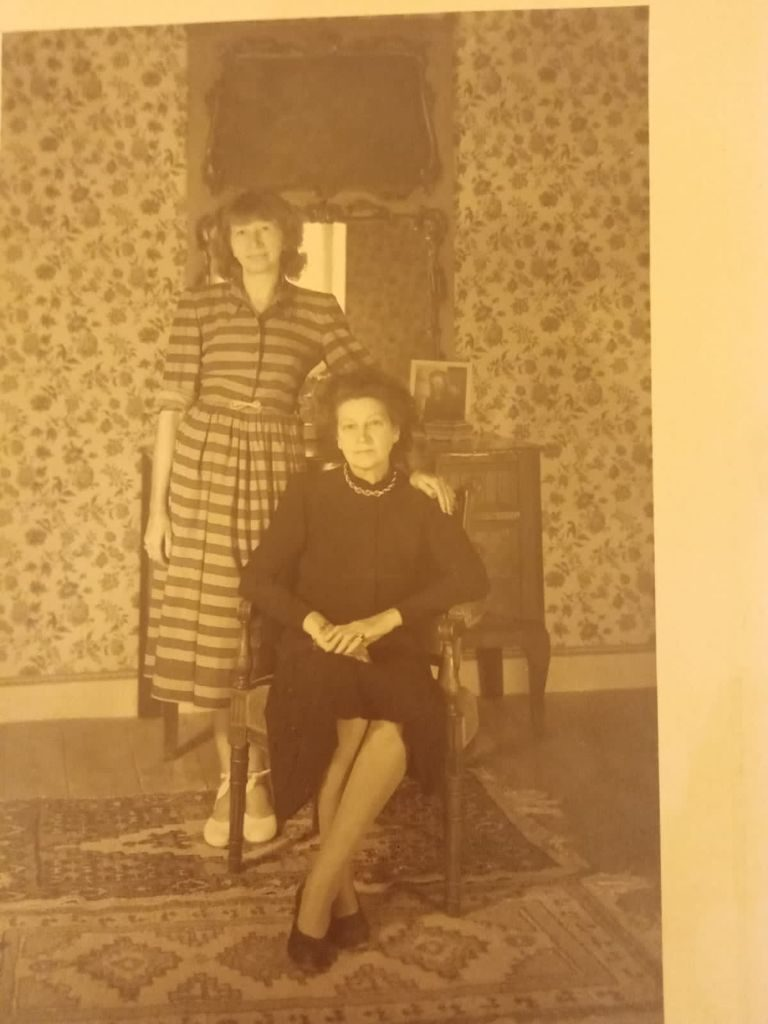 Violette Leduc con la madre